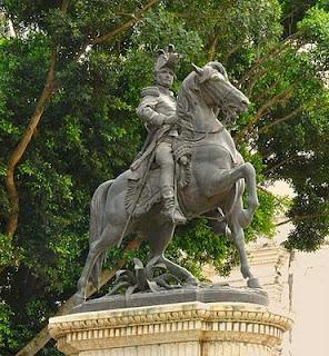 Estatua de Morazán en Yuscarán, El Paraíso.