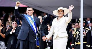 Pepe Lobo y su Rosa en su toma de posesión